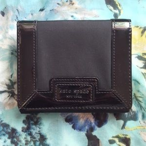 Kate Spade Black Compact Wallet EEUC